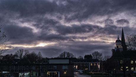 Decemberluchten boven Crackstate in Heerenveen