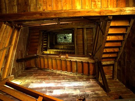 Escheriaans trappenhuis