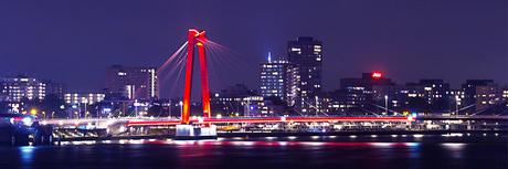 Rotterdam by Night: de Willemsbrug