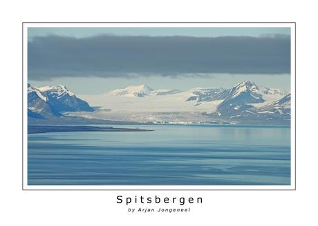 Uitzicht vanaf Plateau Mountain op Spitsbergen