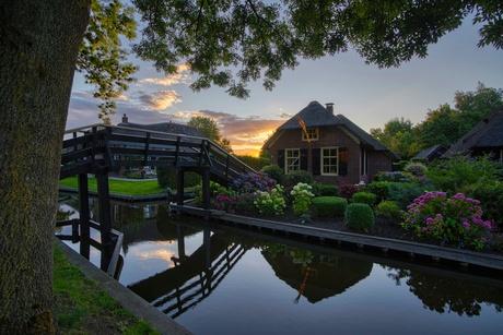 Giethoorn at sunrise