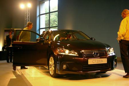 Autosalon - Dit weekend Naar het Louwman Museum in Den Haag geweest ter gelegenheid van de introductie van de Lexus CT200h. - foto door w.zijlstra10 op 10-10-2010 - deze foto bevat: autosalon