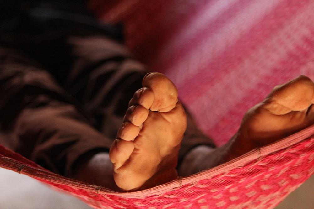Maya voeten - Afgelopen zomer heb ik een schitterende reis gemaakt door Yucatan, Mexico. De oorspronkelijke bewoners daar zijn de Maya's. Bij een Maya thuis krege - foto door manja_zoom op 29-10-2013 - deze foto bevat: voeten, mexico, maya, yucatan