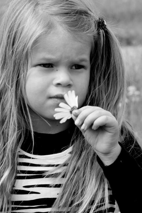 Kayla met bloemetje