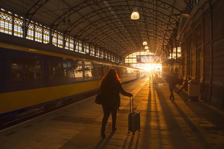 Zonsondergang op Den Haag Hollands Spoor