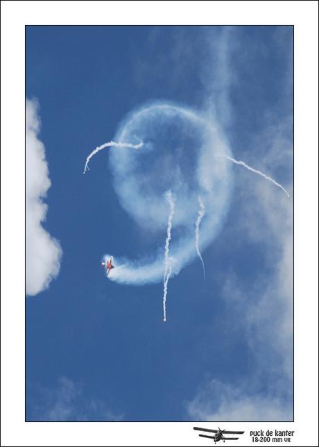 """F16 met Flares """"9"""""""