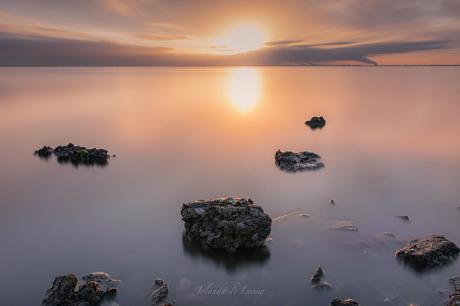 Silent sunrise