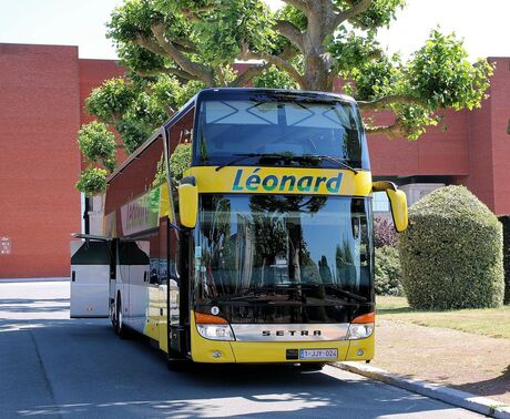 Setra, touring bus
