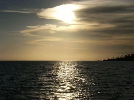 Zonsondergang - Whitsunday's - foto door gijs87 op 16-09-2011 - deze foto bevat: zee, sunset, boot, zonsondergang, sun, meer, australie