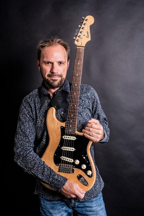 Gitarist Ron in 't Veld