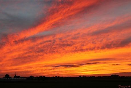 orange-red sky (ippawards schoolopdracht fotografie: 'Sunset')