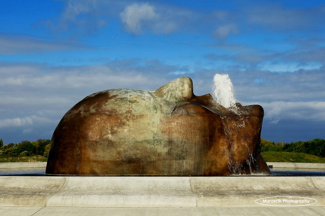 Fontein - Bij Malmö arena ligt deze fantastisch fontein - foto door MichaelJohn op 26-05-2015 - deze foto bevat: zweden, malmo, sweden, maruscik, maruscik photography