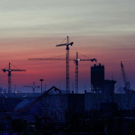 Bouwkranen in Spijkenisse