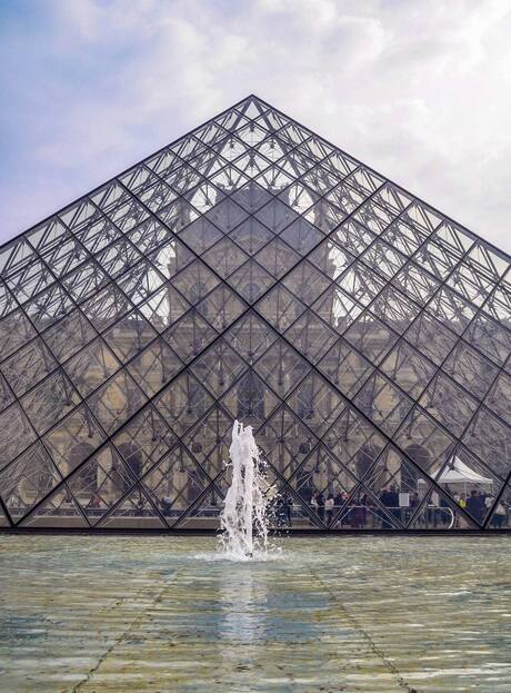 Louvre - Modern Klassiek