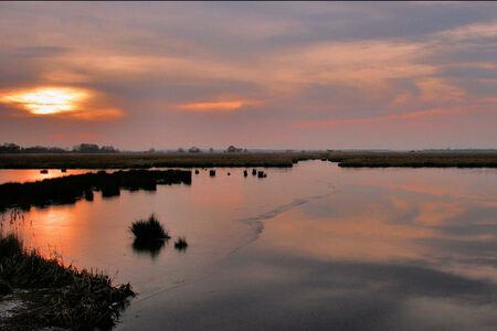 Winterspiegeling - Leekstermeer - foto door Teunis Haveman op 03-02-2021 - deze foto bevat: water, natuur, winter, zonsondergang, ijs, landschap, leekstermeer