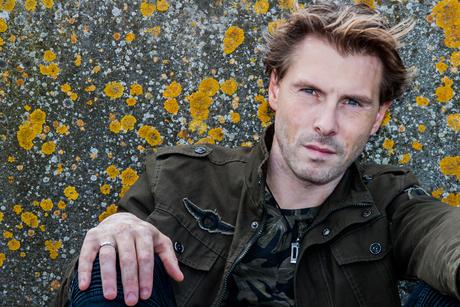 Model : Maikel