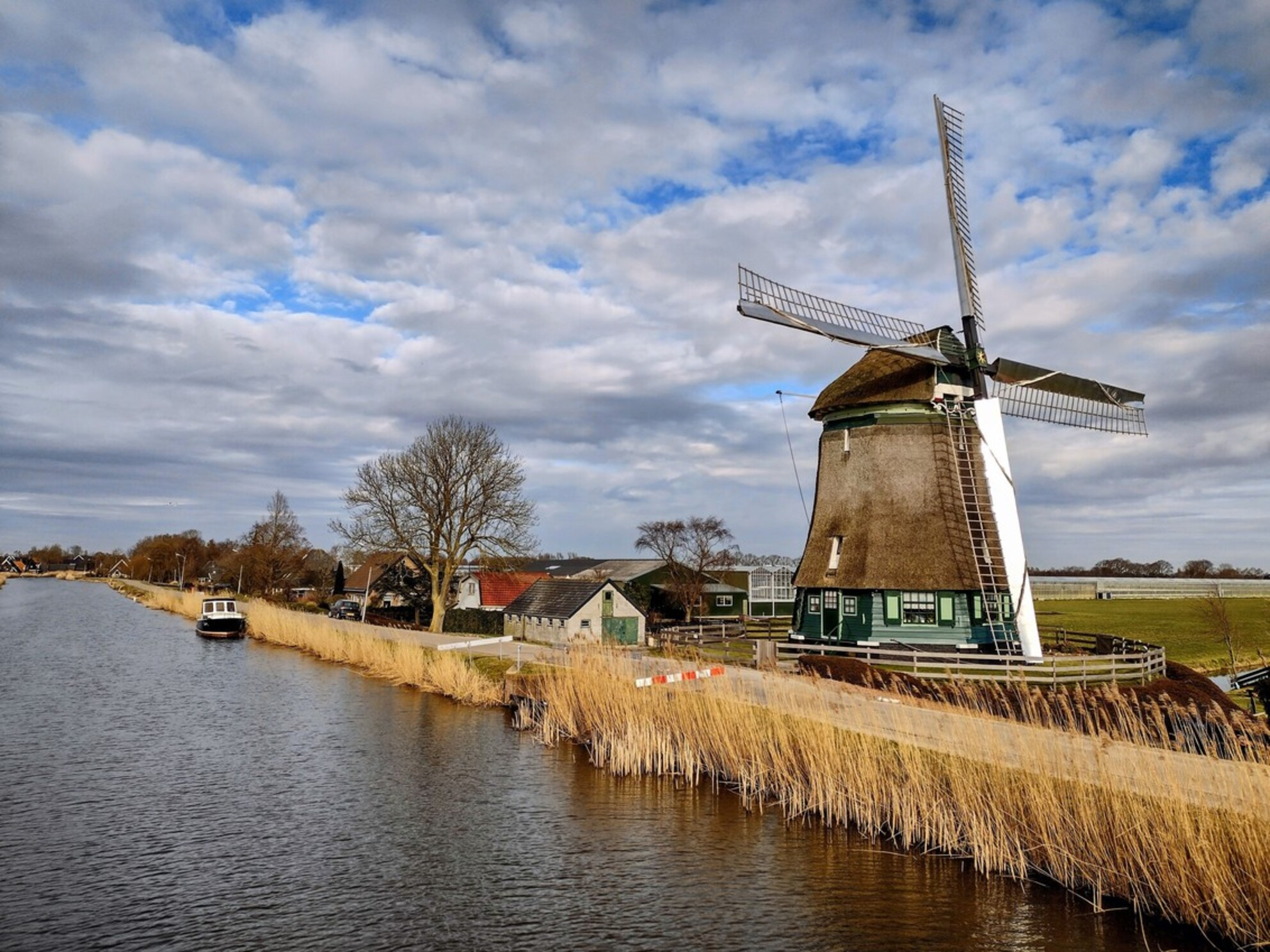IMG_20210224_150206688_HDR_3 - Molen aan de Obdammerdijk,foto genomen vanaf de Oostdijk,Heerhugowaard. - foto door Sukawaka op 28-02-2021 - deze foto bevat: molen - Deze foto mag gebruikt worden in een Zoom.nl publicatie