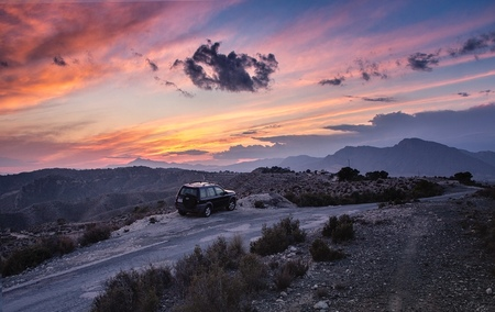 Off the Road... - Onderweg naar huis toch maar even gestopt...  Hondon de los Frailes Spanje. - foto door HenkPijnappels op 04-04-2019 - deze foto bevat: lucht, wolken, natuur, licht, avond, zonsondergang, landschap, tegenlicht, bergen