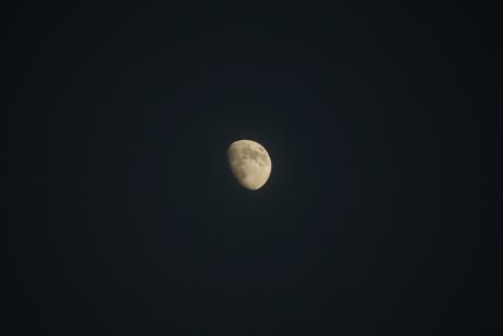 Eerste foto Maan