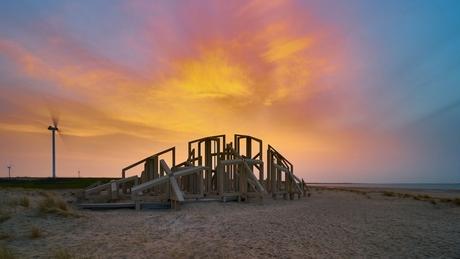 zonopkomst met sahara-zand
