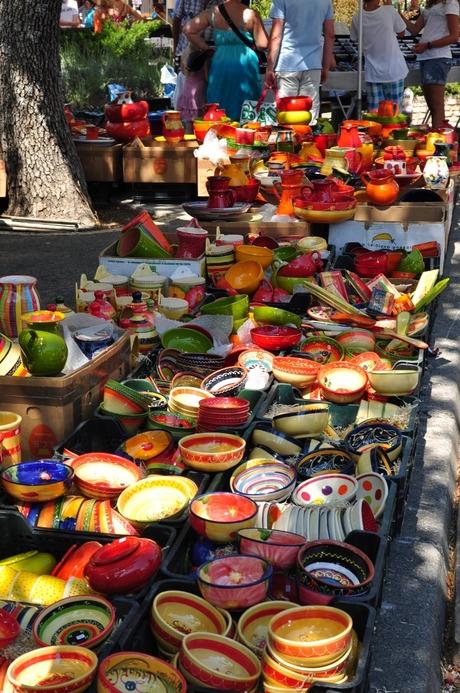 keramiek op een markt