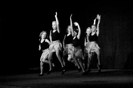 Dans!