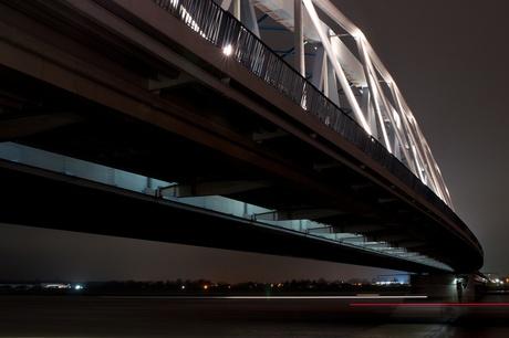 Spoorbrug by night