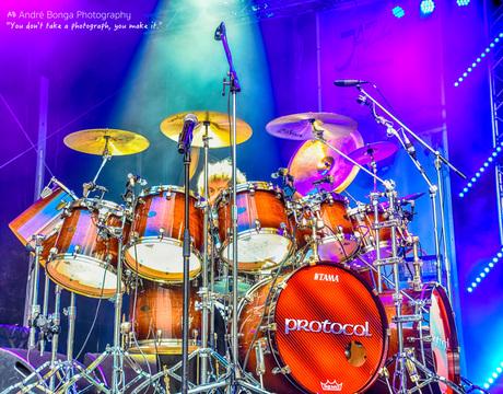Simon Phillips Drummer Toto