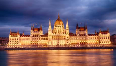 Boedapest Parlement avond