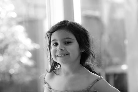 Pretty little thing - - - foto door rakus op 29-03-2018 - deze foto bevat: kids, black&white, nikon d750, 85mm 1.8g