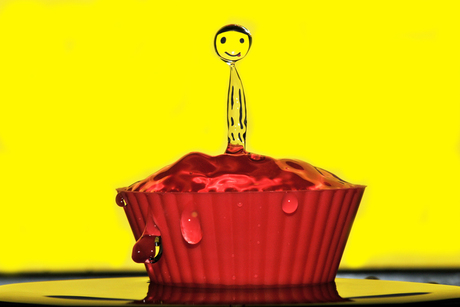 Smiley Cup Cake