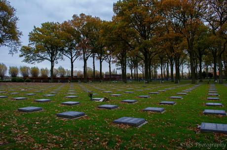 Deutscher Soldatenfriedhof Langemarck