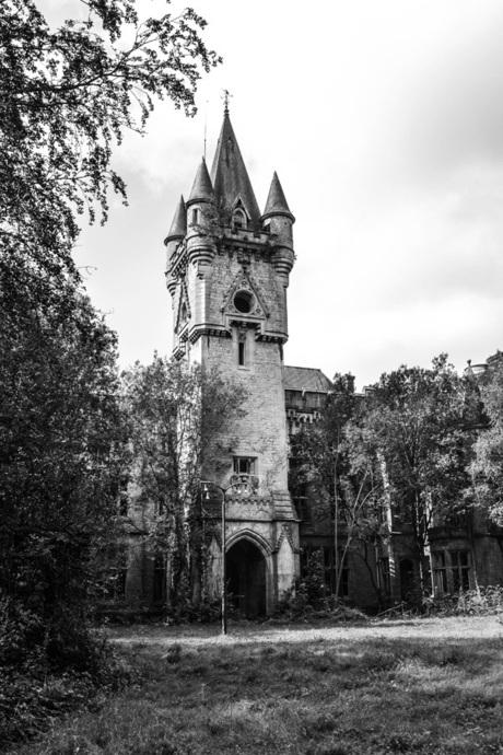 Chateau Noisy 3.jpg