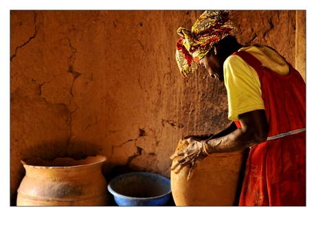 Pottery woman