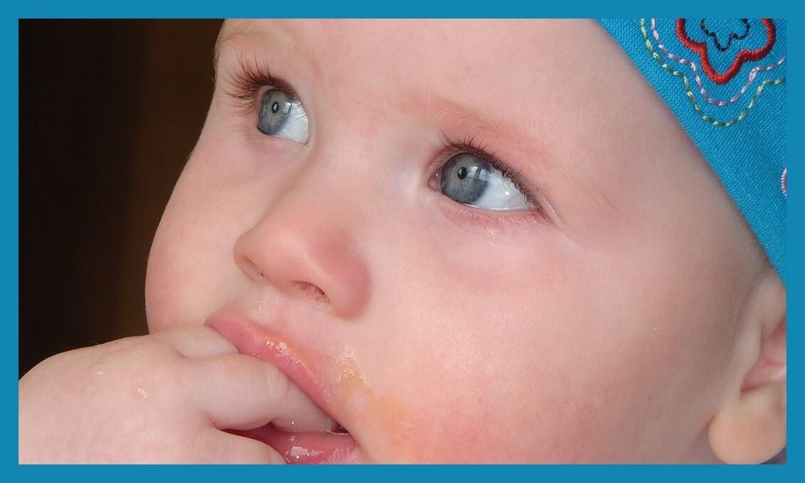 Vingers in mijn mond - Mijn lieve grote schat - foto door mariah1982 op 14-05-2010 - deze foto bevat: baby