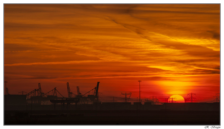 Zonsopkomst Maasvlakte & Europoort