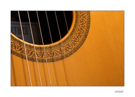 Still my guitar....