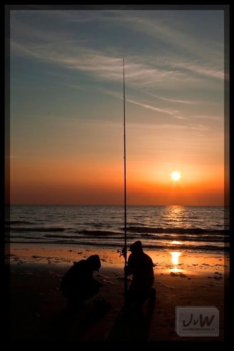 Sun Down Fishing
