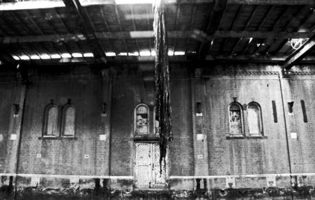 verlaten lichtfabriek