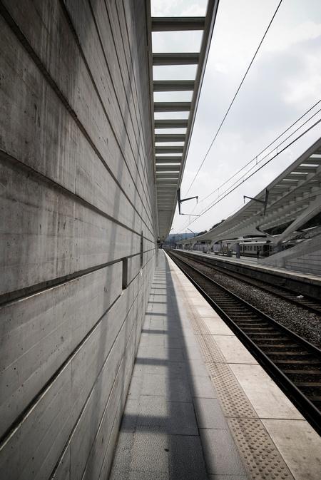 Perspectief - Nieuwe station in Luik - foto door brouwert op 18-07-2009 - deze foto bevat: station, luik, liege