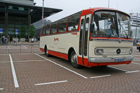 IMG_1201 HENRY 60 touringcar Ringelberg.JPG