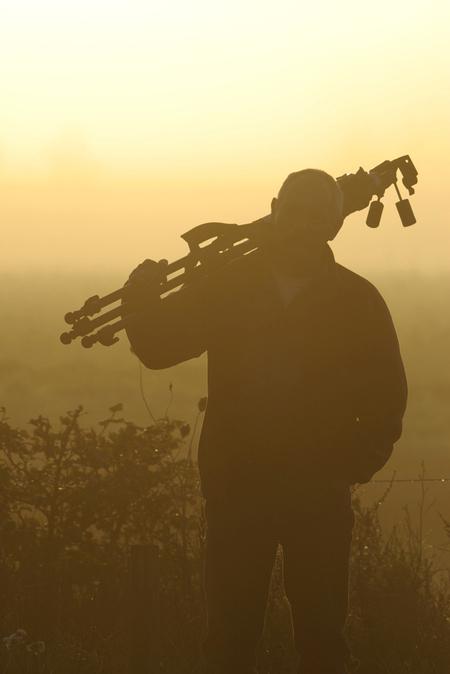 Een heerlijke morgen - Een heerlijke morgen, vol belofte! - foto door guido-f op 23-08-2009 - deze foto bevat: mist, zelfportret, ochtendlicht, statief