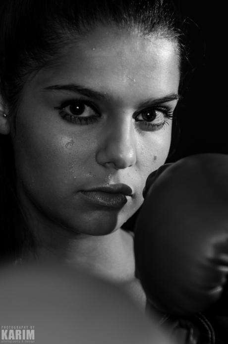 Boxing Girl II