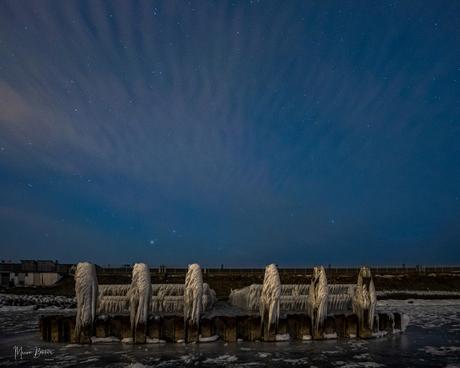Ijzige tafereel Afsluitdijk