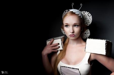 Lean van der Biezen - Model :Lean van der Biezen Visagie: Silke Bouwens Hair and Styling : Patrice Troost Kleding gemaakt door lean van der Biezen - foto door mark-62 op 17-05-2013 - deze foto bevat: lean, sheepphotography, lean van der biezen
