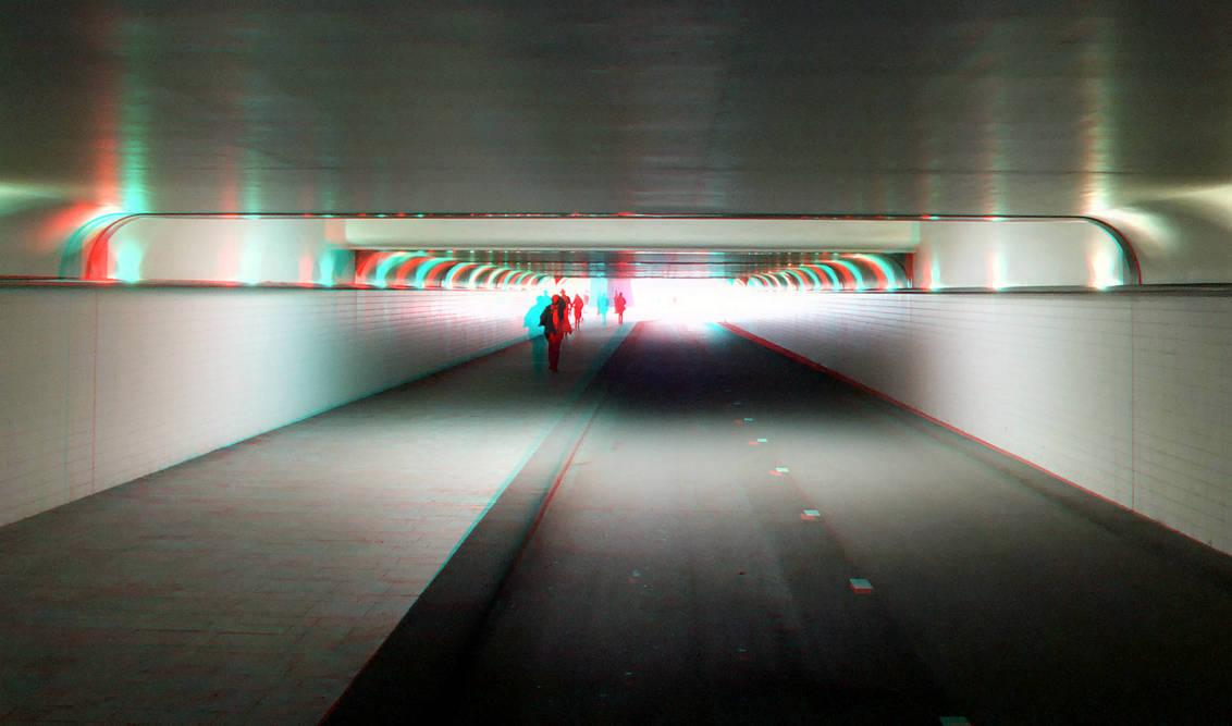 Fietstunnel CS Rotterdam in stereo anaglyph - Fietstunnel CS Rotterdam in anaglyph stereo red/cyan - foto door hoppenbrouwers op 04-04-2017 - deze foto bevat: rotterdam, tunnel, 3d, anaglyph, cs, stereo, fietstunnel, red/cyan
