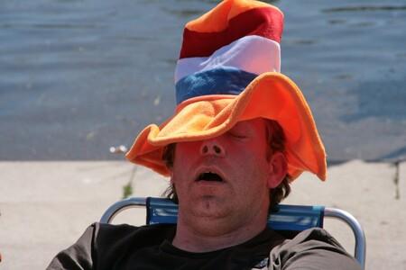 Koningsdag - Hazeslaap - foto door Robertus_zoom op 16-04-2021 - locatie: Zoetermeer, Nederland - deze foto bevat: water, cap, zonnebril, heeft, baseball pet, hoofddeksel, brillen, zonnehoed, reizen, vrije tijd