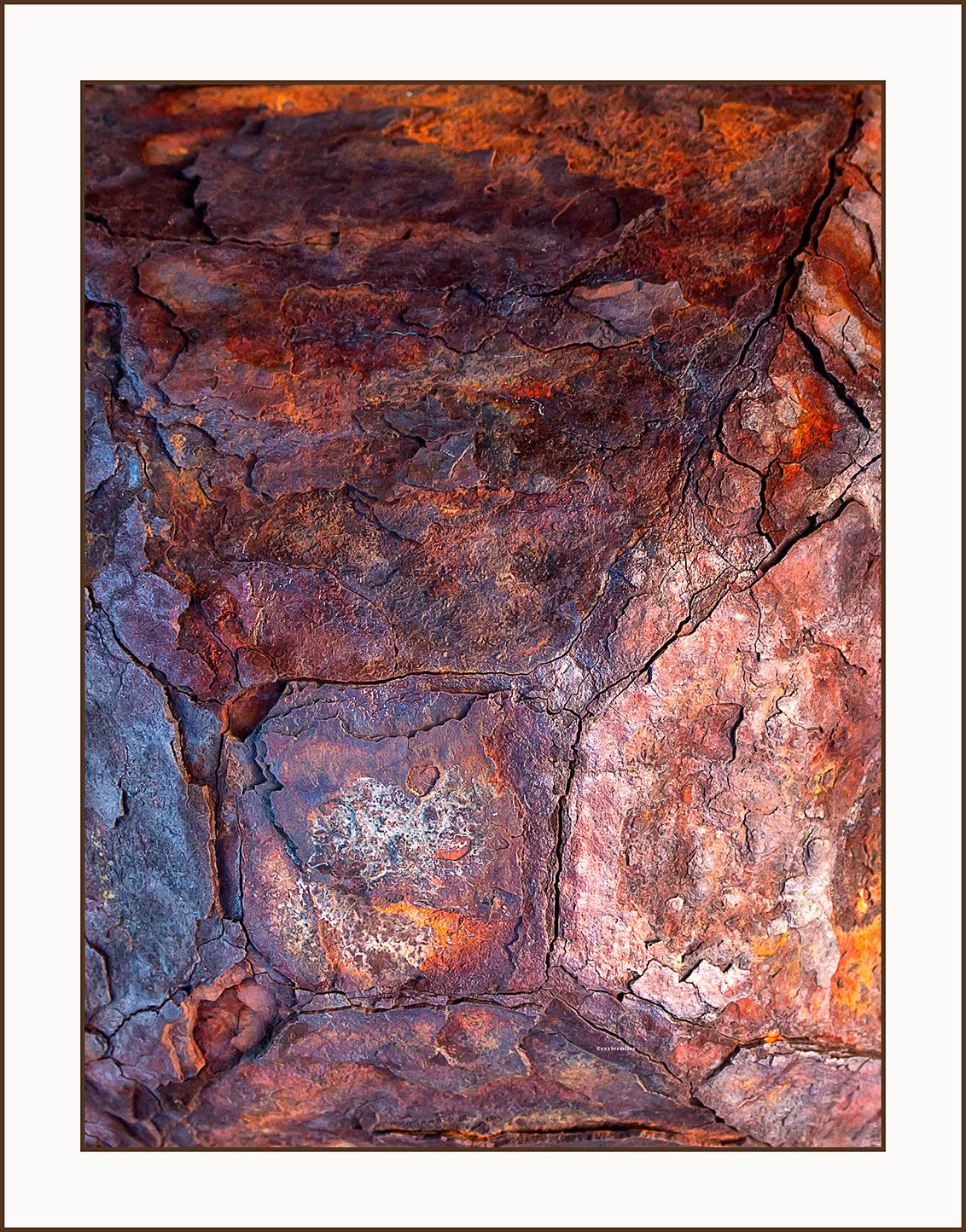 roest - - - foto door corvangriet op 22-11-2019 - deze foto bevat: oud, kleur, roest, abstract, stilleven, haven, uitsnede, vergankelijkheid, beeldvullend, oxideren