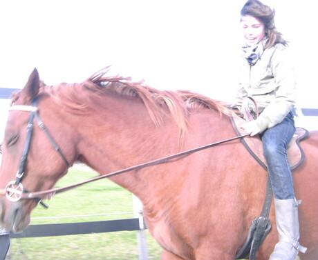 Paardrijden.