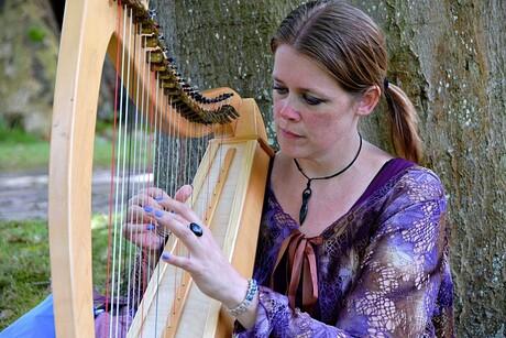 Harpspelen